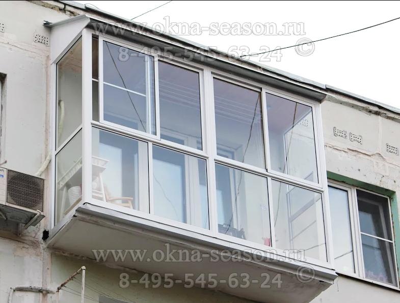 французское остекление балкона с крышей